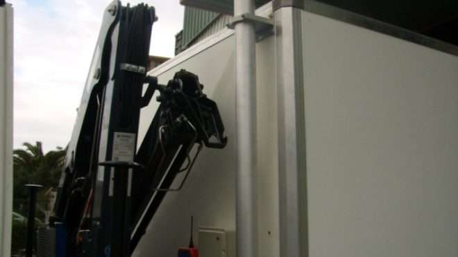 equipo-de-mantenimiento-con-caja-basculante 4